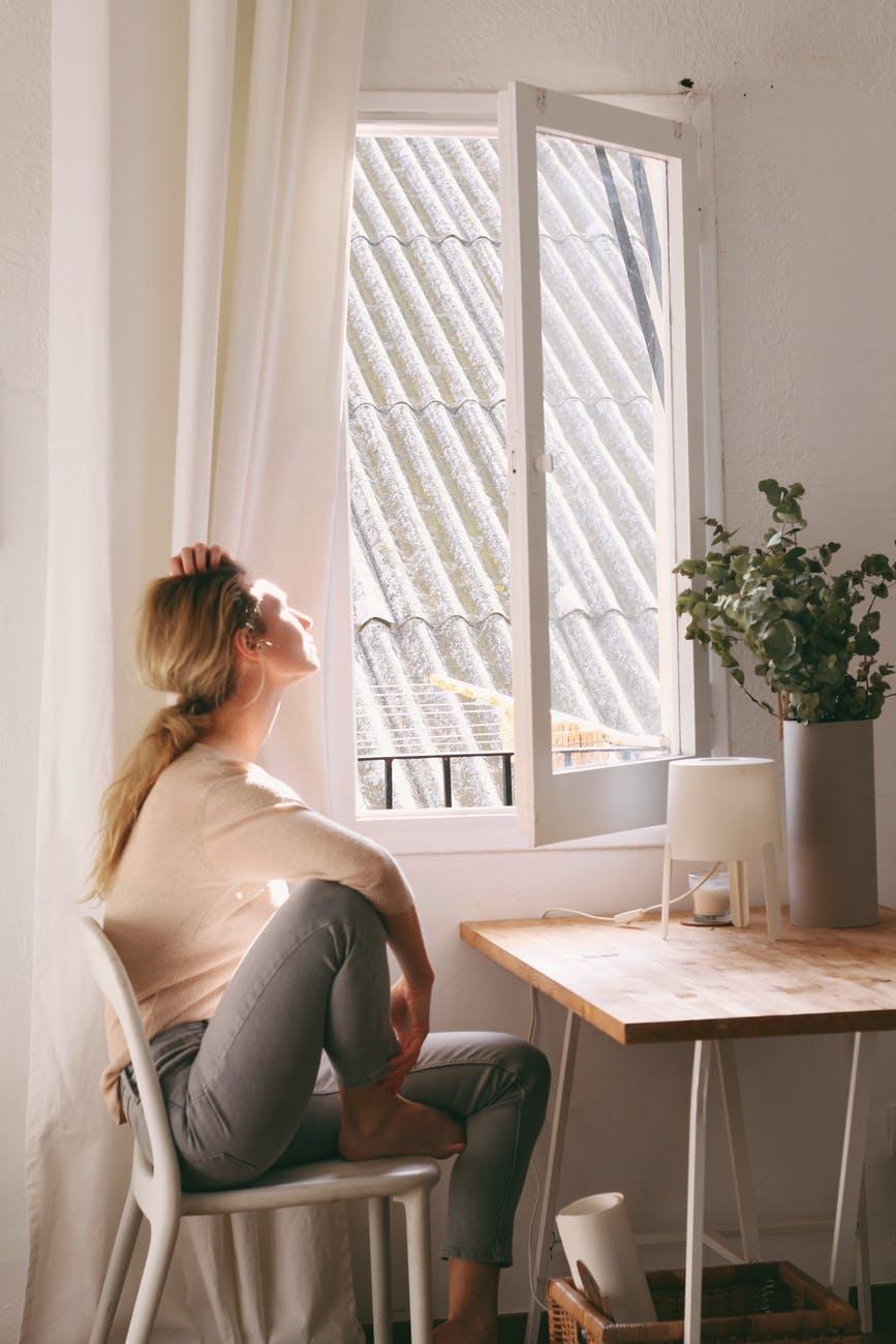 Διατήρηση της ψυχικής ευεξίας κατά την παραμονή μας στο σπίτι